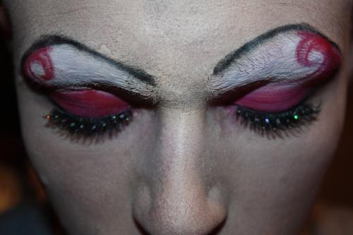Die Frau - Make-up